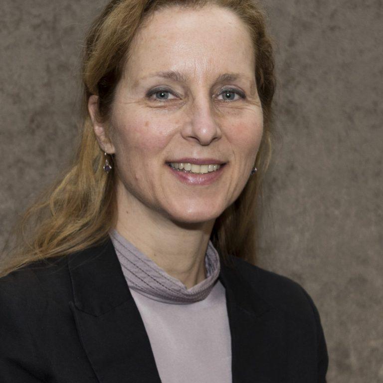 Mieke Bil